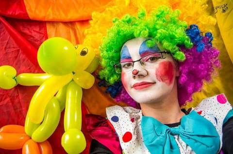 klaun na urodziny
