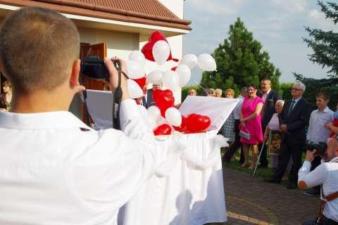 atrakcje na ślub, balony z helem na wesele wypuszczane w powietrze